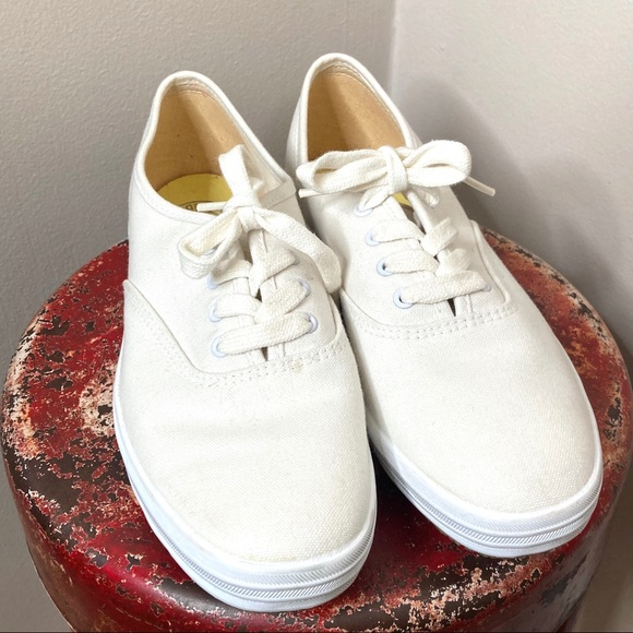 Keds White Lace Comfort Sneakers